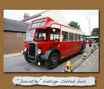 Dorothy ex-United bus at Normanby 2011 Exhibition
